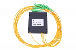 Splitter PLC 1x4, ABS Box, SM 2mm 1m, SC/APC